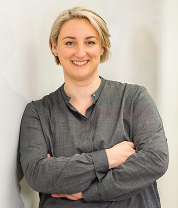 Dr. Bettina Theilmann